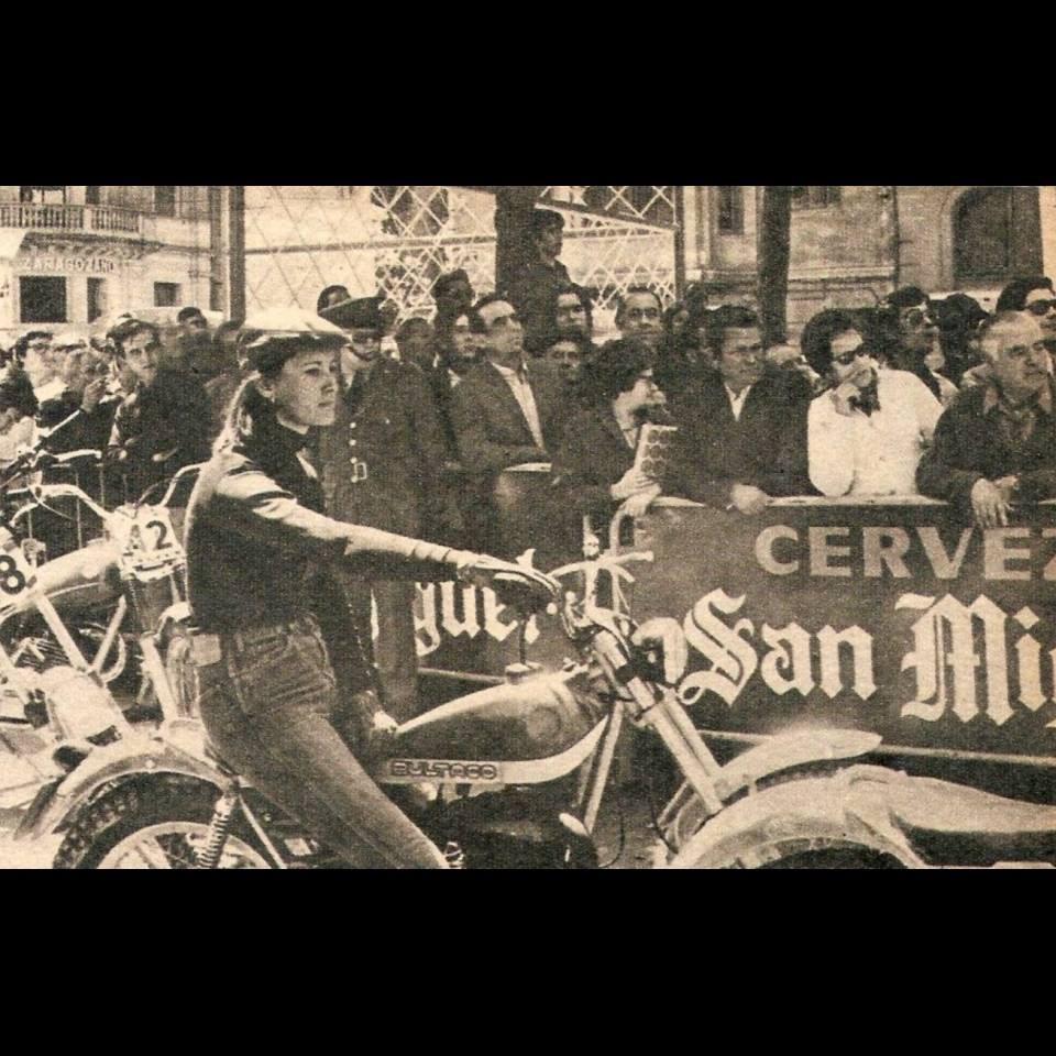 bultaco_et_les_femmes_1_.jpg